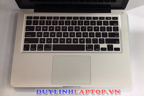 MacBook Pro 13inch 2012 MD101 cũ( i5-3210M / RAM 4G/ HDD 500G/ HD Giaphics 4000/Màn 13in/ Pin 4h)