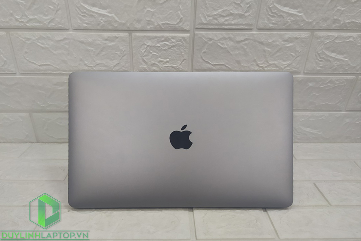 Macbook Pro 2017 | i5 | RAM 8GB | SSD 128GB | 13Inch UHD