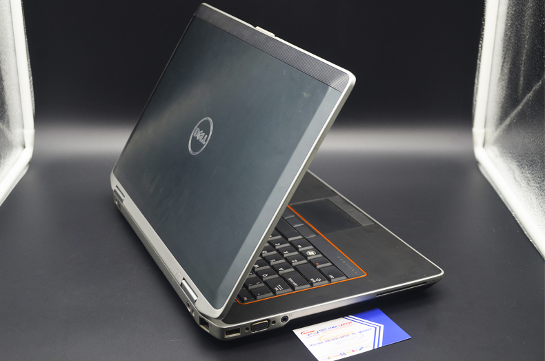 Laptop cũ Dell Latitude E6330 (i5-3360M/RAM 4GB/HDD 250GB/HD Graphics/13.3 inch)
